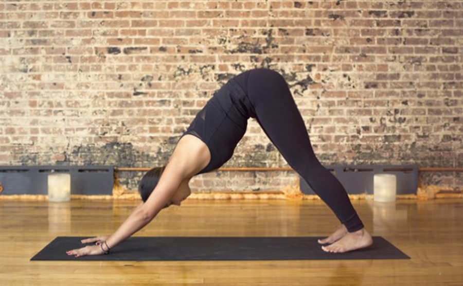 1-tu-the-yoga-downward-dog_1.jpg